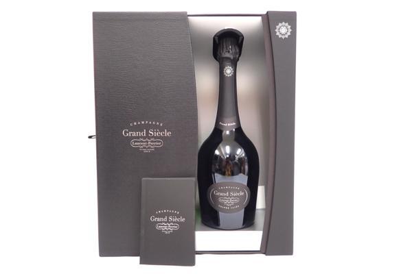 ローランペリエ グランシエクル シャンパン 高価買取いたしました! 新宿でお酒売るならお任せ下さい。
