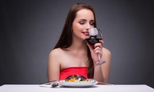 ワイン女性